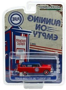 1:64 GreenLight *RUNNING ON EMPTY R7* 1955 Chevrolet 150 Wag