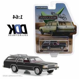 GREENLIGHT 29930E 1986 Ford LTD Crown Victoria Wagon Diecast