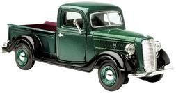 Motormax Wholesale 1937 Ford Pickup Truck Green 1/24 Diecast