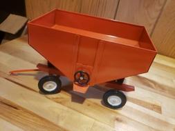 Allis Chalmers Gravity Wagon 1980's By Ertl 1/16th Scale !