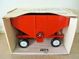 Allis Chalmers Gravity Wagon  Vintage 1980's   by Ertl  1/16
