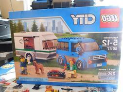 LEGO City Van and Caravan 60117