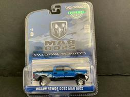 Greenlight Dodge RAM 2500 Power Wagon 2016 Blue 29983 1/64