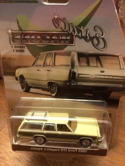 Greenlight Estate Wagons  1985 Ford LTD Country Squire stati