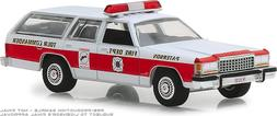 GREENLIGHT HOBBY EXC. 1985 FORD LTD CROWN VICTORIA WAGON - P