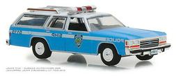 GREENLIGHT #42870 HOT PURSUIT 1988 FORD LTD CROWN VICTORIA W