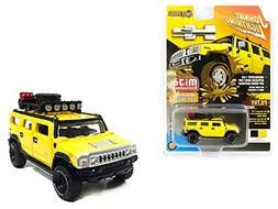Johnny Lightning Hummer H2 Wagon with Roof Rack and Accessor