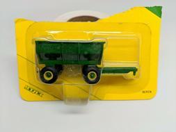 ERTL - John Deere Flarebox Wagon - #5930 - 1:64 Scale