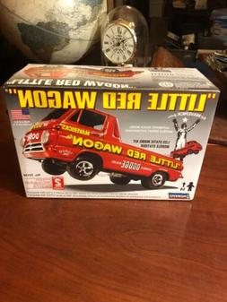LITTLE RED WAGON 1/25 LINDBERG BRAND NEW! MADE IN THE USA! 2