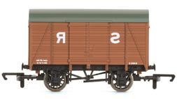Hornby R6775 Southern Railway SR Vent Van SWB Freight Wagon